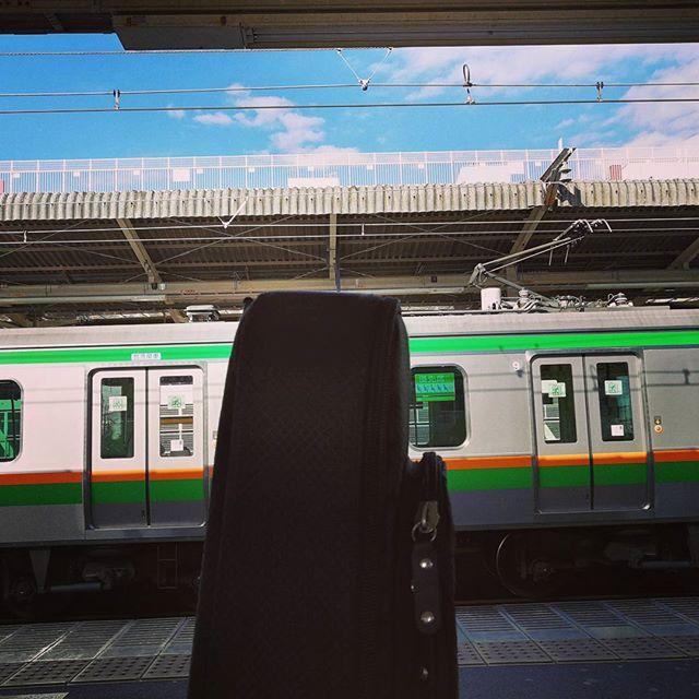 電車来ないし